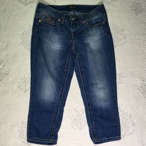Seven 7 Cropped  bluejeans size 6